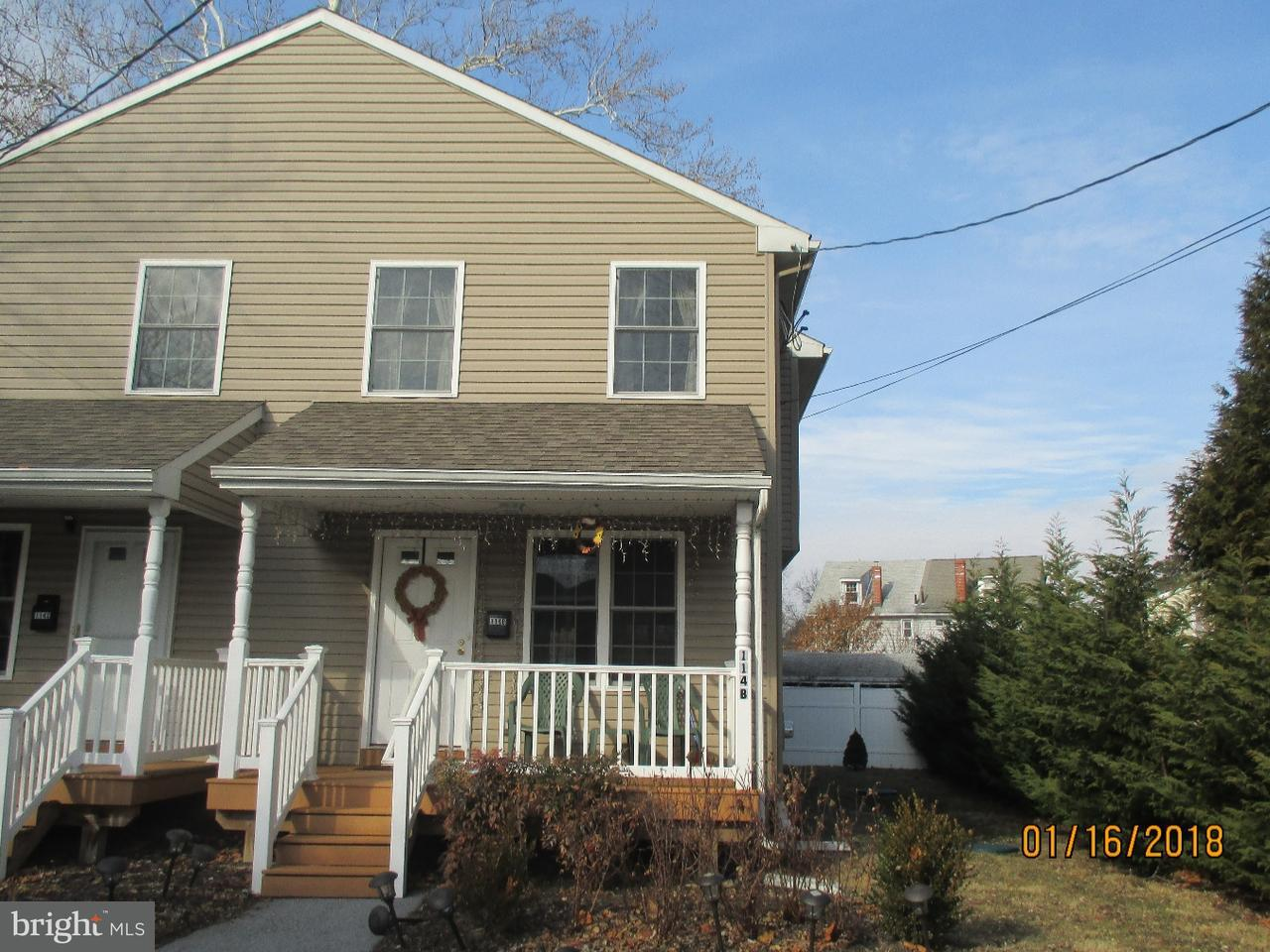 Maison accolée pour l Vente à 114B GARRETT Avenue Rosemont, Pennsylvanie 19010 États-Unis