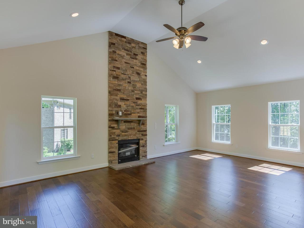 Additional photo for property listing at 1509 Keeneland Road 1509 Keeneland Road Fredericksburg, 弗吉尼亚州 22401 美国