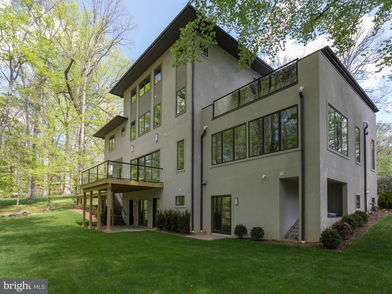 Additional photo for property listing at 8920 Burdette Road 8920 Burdette Road Bethesda, Maryland 20817 United States
