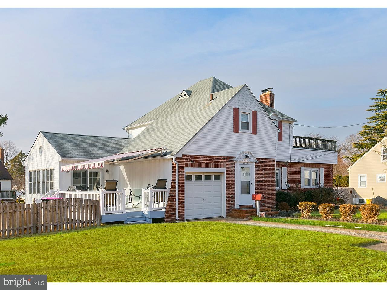 Maison unifamiliale pour l Vente à 1003 WOODLAND Avenue Glendora, New Jersey 08029 États-Unis