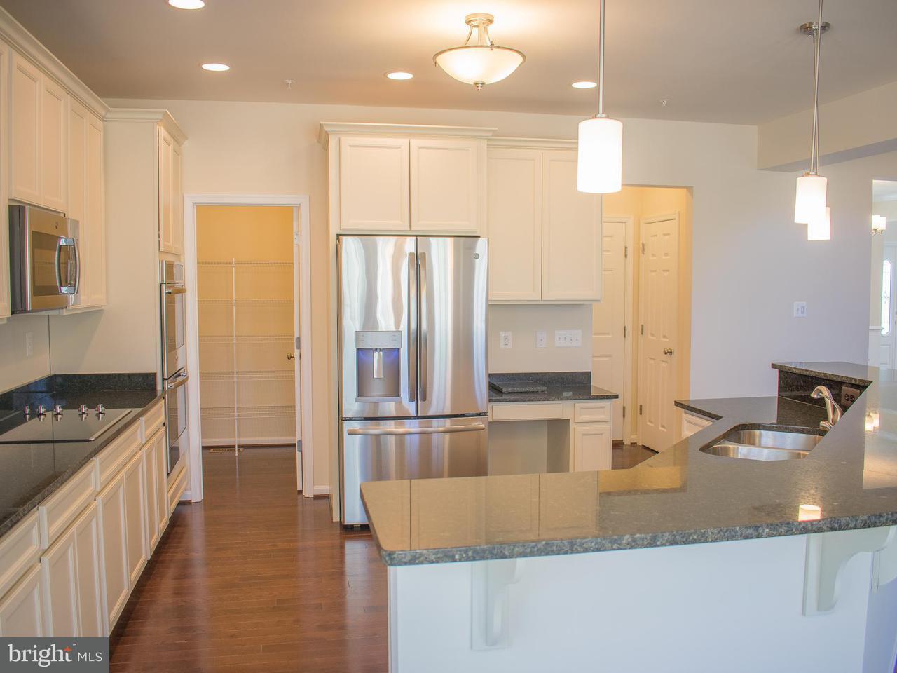 Maison unifamiliale pour l Vente à 7404 Spicetree Place 7404 Spicetree Place Hughesville, Maryland 20637 États-Unis