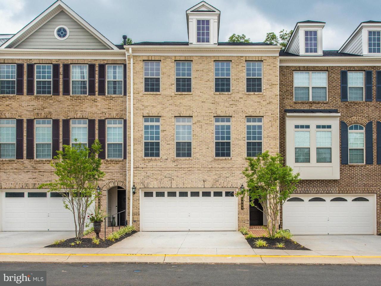 タウンハウス のために 売買 アット 8002 Turtle Creek Circle 8002 Turtle Creek Circle Gainesville, バージニア 20155 アメリカ合衆国