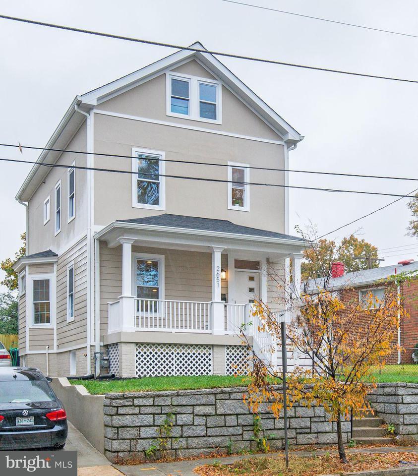 一戸建て のために 売買 アット 2651 Rhode Island Ave Ne 2651 Rhode Island Ave Ne Washington, コロンビア特別区 20018 アメリカ合衆国
