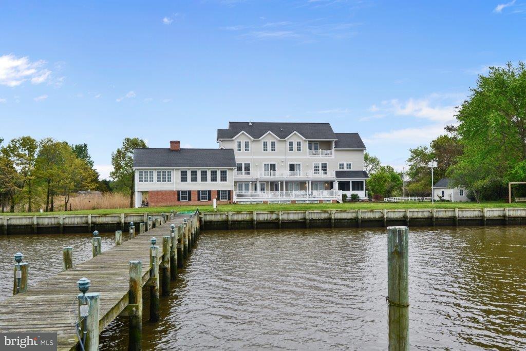 獨棟家庭住宅 為 出售 在 3804 Wrights Wharf Road 3804 Wrights Wharf Road Hurlock, 馬里蘭州 21643 美國