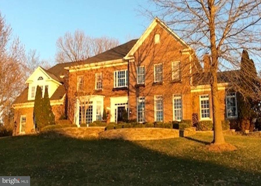Single Family Home for Sale at 1096 Mill Field Court 1096 Mill Field Court Great Falls, Virginia 22066 United States
