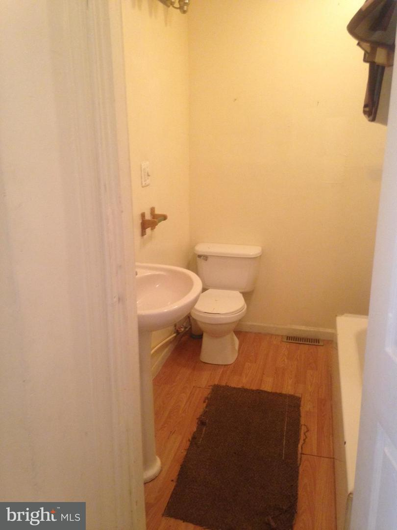 Single Family for Sale at 814 Stricker St Baltimore, Maryland 21217 United States
