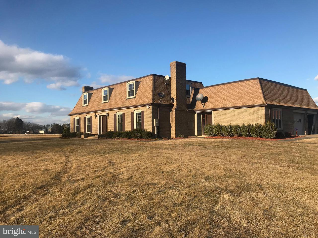 Single Family Home for Sale at 10031 Boteler Road 10031 Boteler Road Midland, Virginia 22728 United States