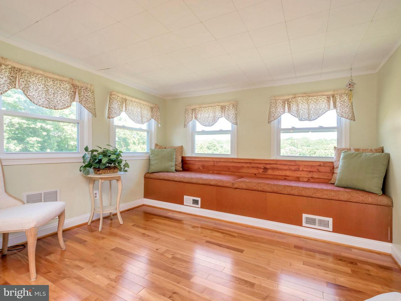 Single Family for Sale at 13347 Sillamon Rd Goldvein, Virginia 22720 United States