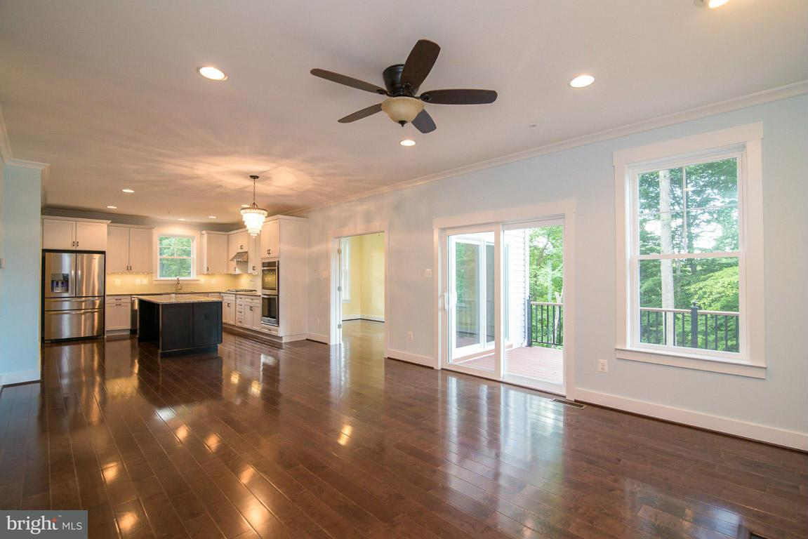 Additional photo for property listing at 9612 Woodland Rd  New Market, Maryland 21774 United States