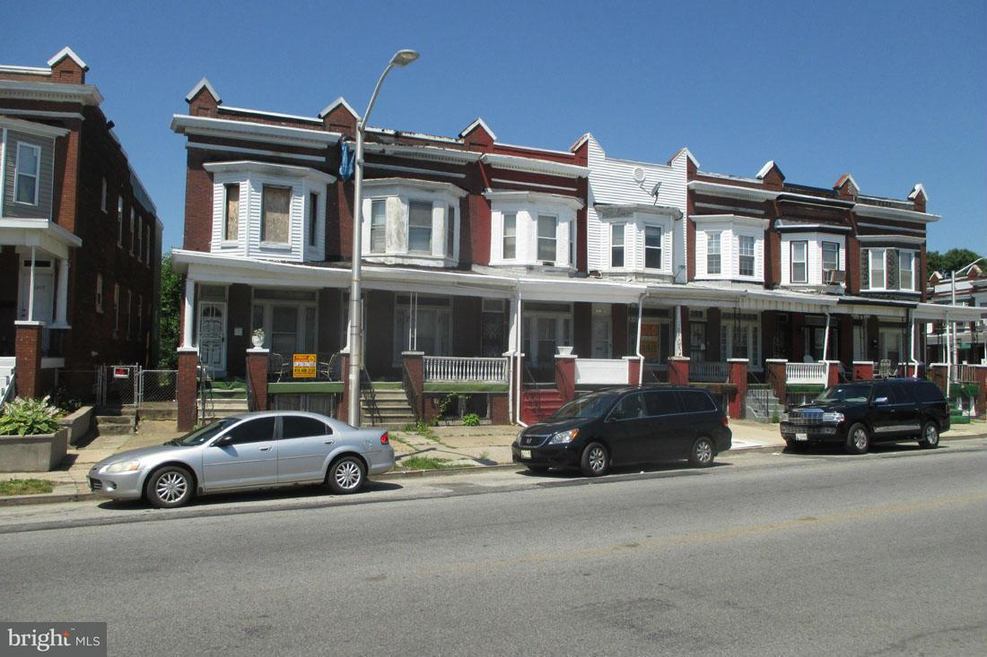 Single Family for Sale at 1214 Bloomingdale Rd Baltimore, Maryland 21216 United States