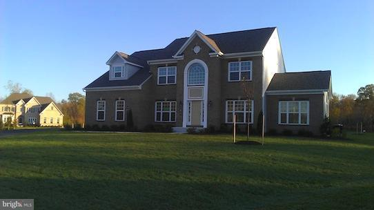 Частный односемейный дом для того Продажа на 13801 South Springfield Road 13801 South Springfield Road Brandywine, Мэриленд 20613 Соединенные Штаты