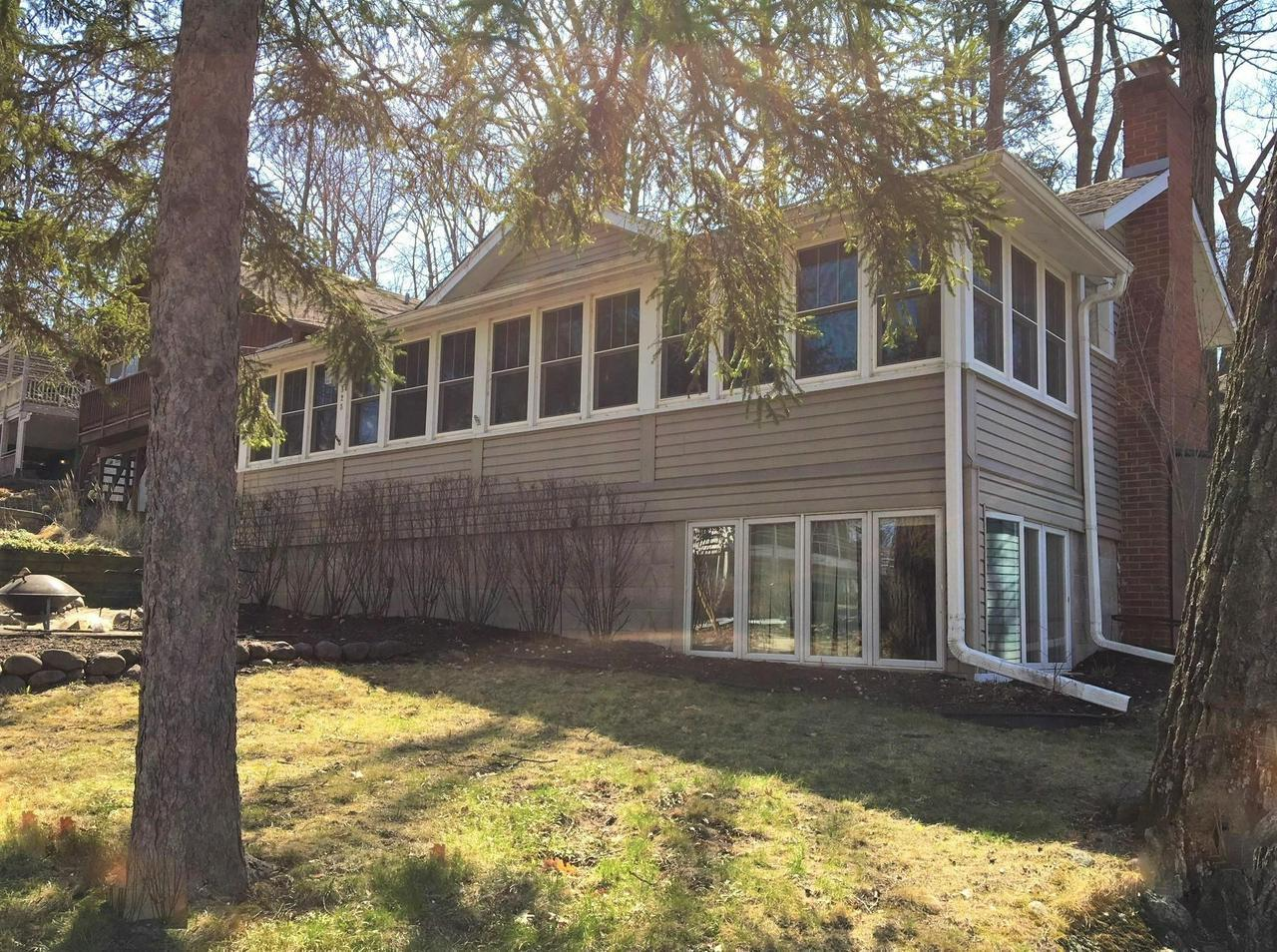 Cedar Point Fantastic Location 2 Homes From The Lake And Swim Pier Updated