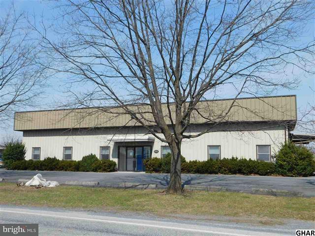 Comercial para Venda às 1261 Claremont Road 1261 Claremont Road Carlisle, Pensilvânia 17015 Estados Unidos