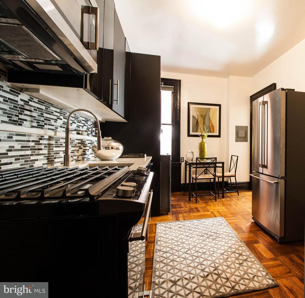 Additional photo for property listing at 2039 New Hampshire Ave Nw #608 2039 New Hampshire Ave Nw #608 Washington, Distrito De Columbia 20009 Estados Unidos
