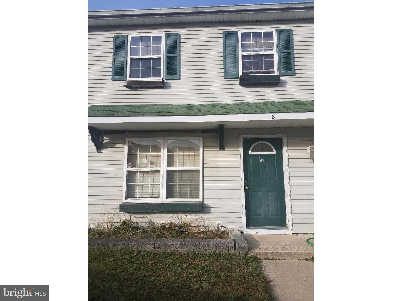 Maison accolée pour l Vente à 8 LYRIC Court Sicklerville, New Jersey 08081 États-Unis