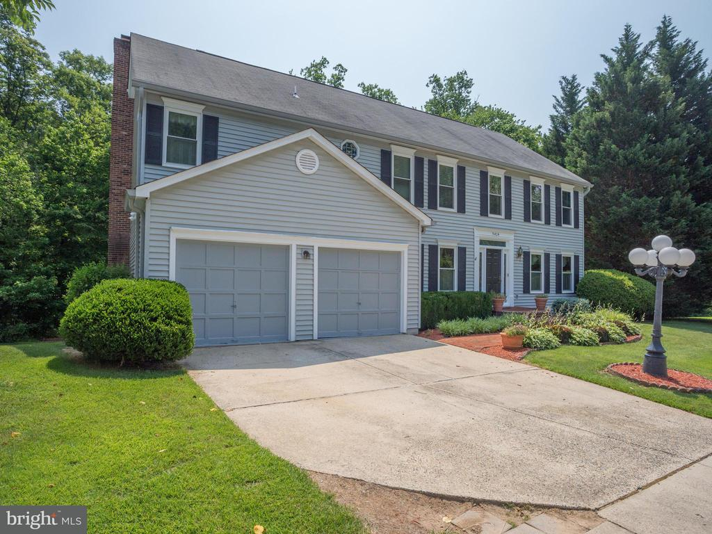 9424  WOODED GLEN AVENUE, Burke, Virginia