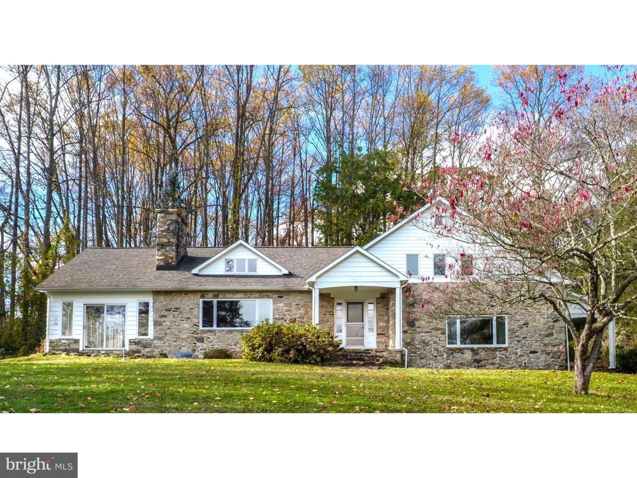 Частный односемейный дом для того Продажа на 317 LONDON TRACT Road Landenberg, Пенсильвания 19350 Соединенные Штаты