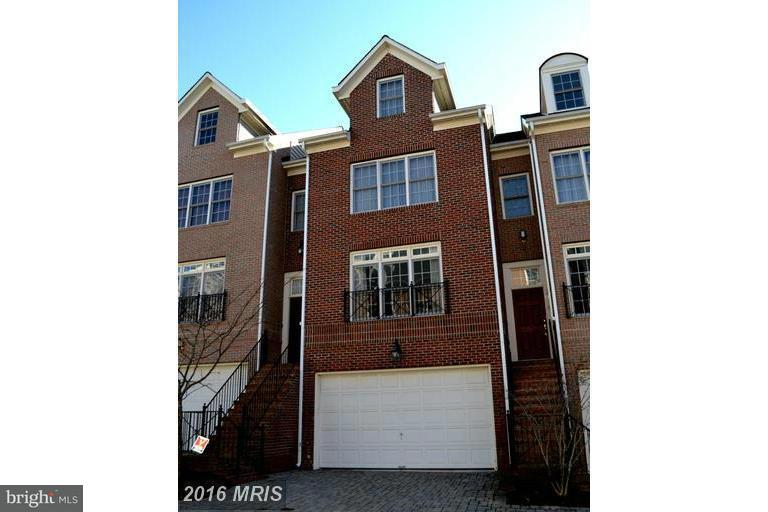 Townhouse for Sale at 12017 Montrose Park Place 12017 Montrose Park Place Rockville, Maryland 20852 United States
