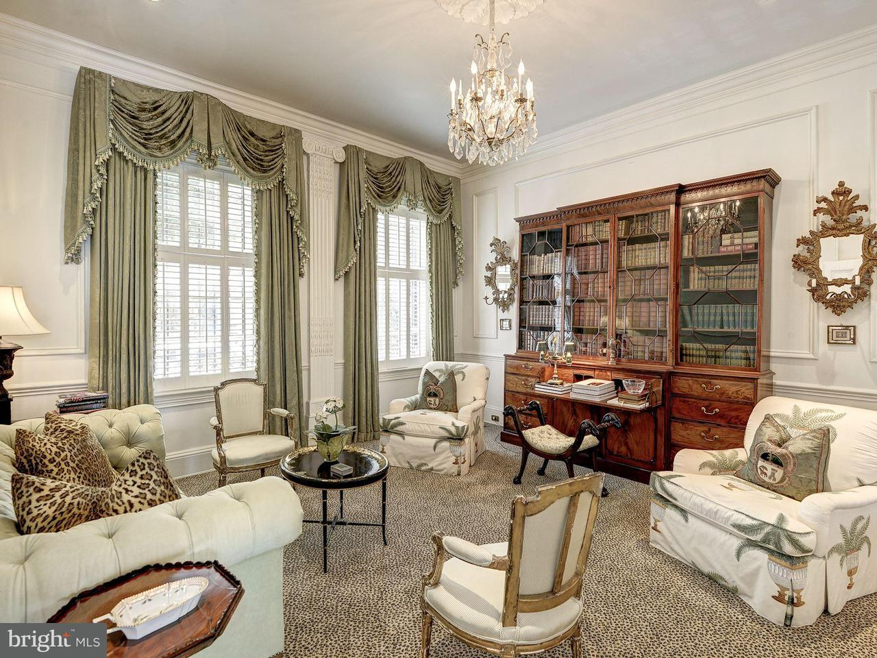 Additional photo for property listing at 3306 O St NW  Washington, District Of Columbia 20007 United States