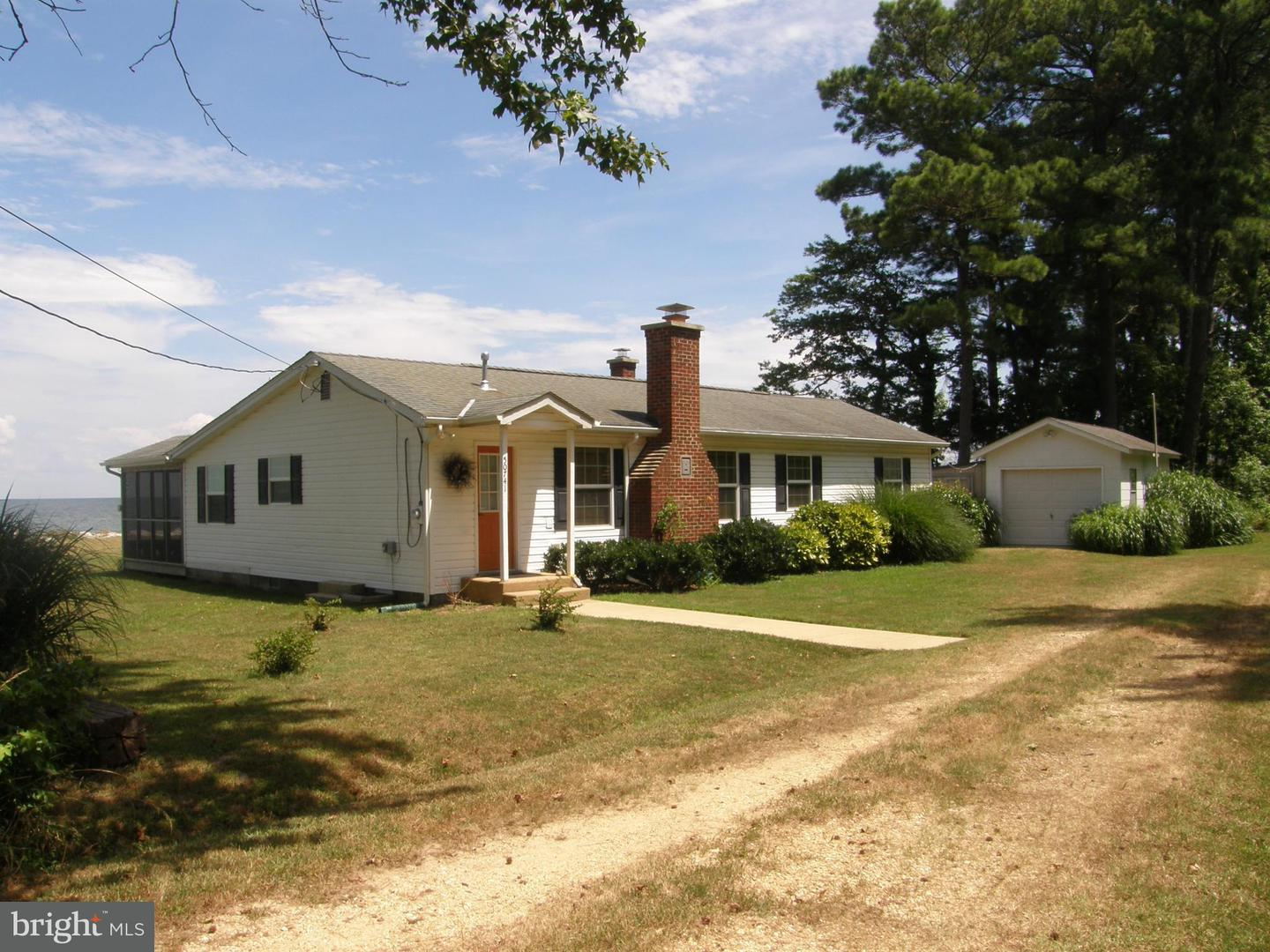 Single Family for Sale at 50741 Holly Point Rd Dameron, Maryland 20628 United States