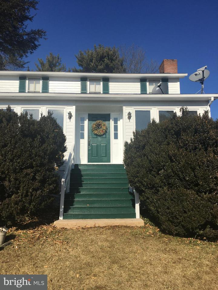 Farm for Sale at 3381 Sage Markham, Virginia 22643 United States