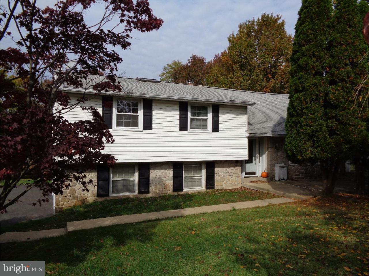 Casa Unifamiliar por un Alquiler en 83 N MARMIC Drive Holland, Pennsylvania 18966 Estados Unidos
