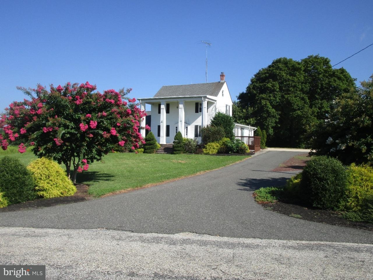 Частный односемейный дом для того Продажа на 18 LAWRENCE Road Bridgeton, Нью-Джерси 08302 Соединенные Штаты