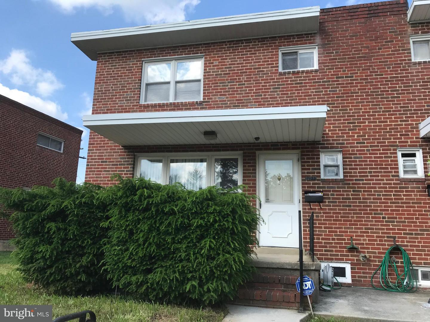 Single Family for Sale at 7122 Boxford Rd Baltimore, Maryland 21215 United States