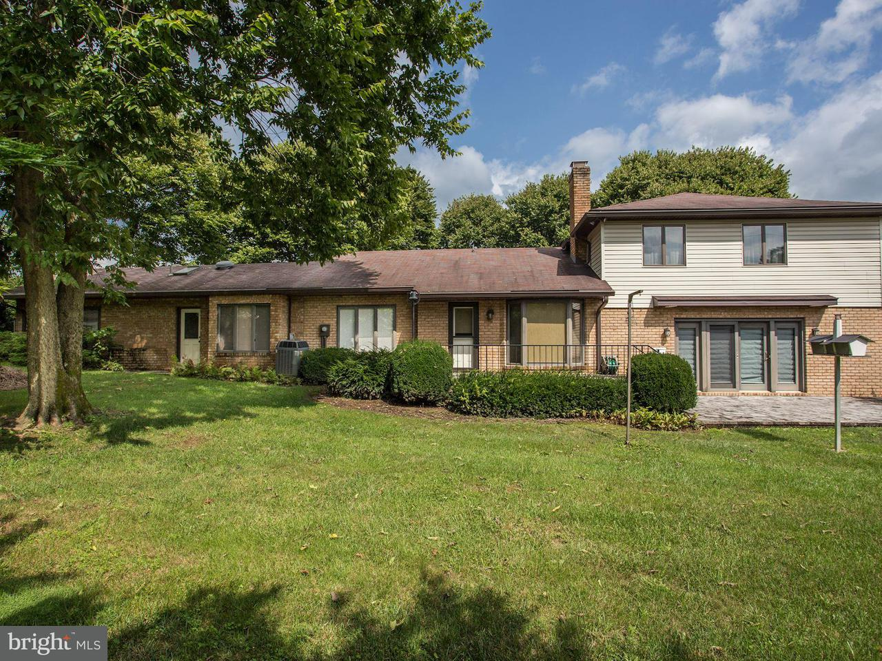 Single Family for Sale at 16525 Tammany Ln Williamsport, Maryland 21795 United States