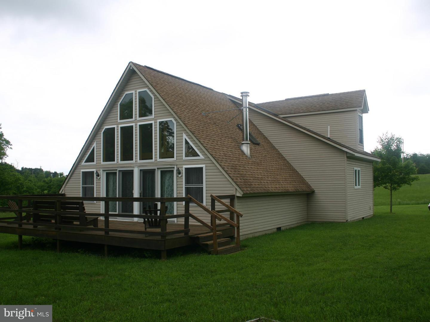 Single Family for Sale at 92 Glow Haven Rd Slanesville, West Virginia 25444 United States