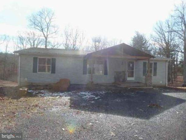 Single Family for Sale at 1968 Kerns School Rd Green Spring, West Virginia 26722 United States