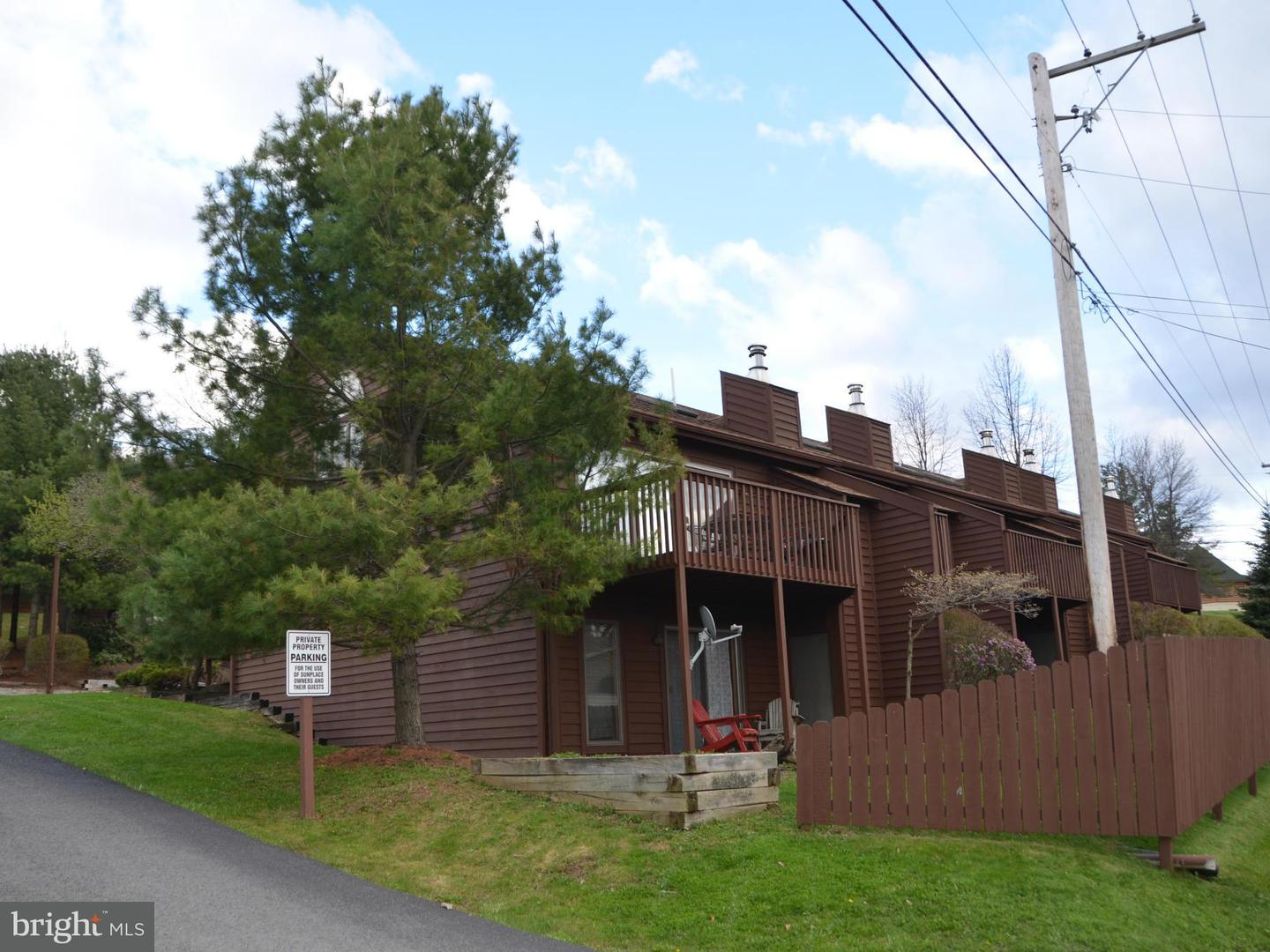 Photo of home for sale at 1692 Deep Creek Drive, Mc Henry MD