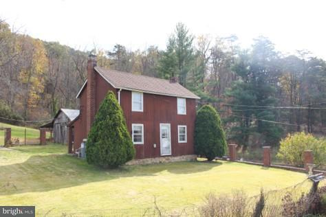 Single Family for Sale at 12737 Long Hollow Rd Hancock, Maryland 21750 United States