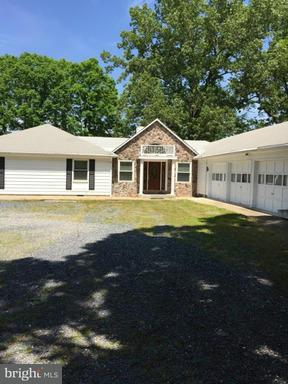Other Residential for Rent at 39750 Combs Rd Leonardtown, Maryland 20650 United States