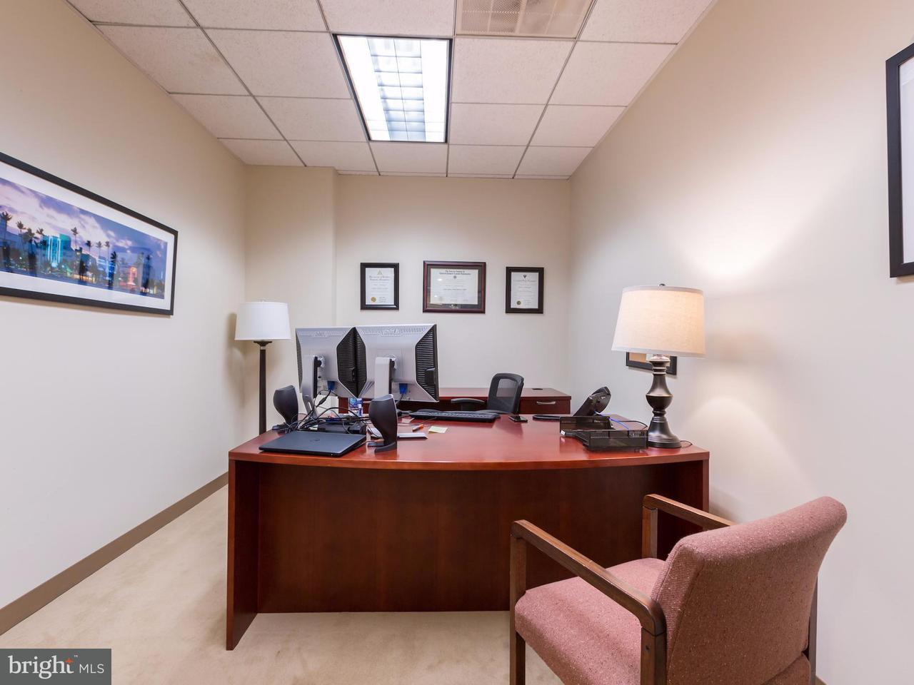 Additional photo for property listing at 2555 Pennsylvania Ave NW #1c  Washington, District Of Columbia 20037 United States