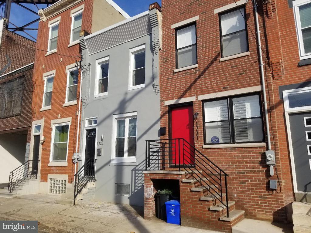 1233 N TANEY ST, Philadelphia PA 19121