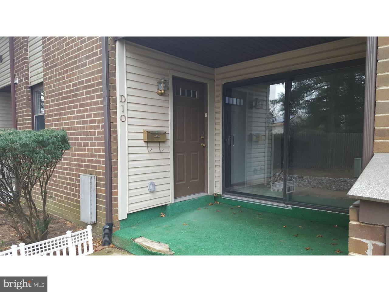 Casa Unifamiliar por un Venta en 1475 MOUNT HOLLY RD #D10 Edgewater Park, Nueva Jersey 08010 Estados Unidos