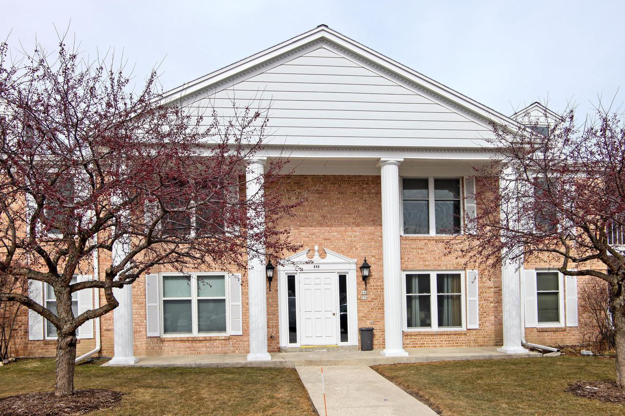Enjoy peaceful living in this clean and well maintained 2 bedroom, 2 bath condo in the desirable Heritage Estates. This unit has many updates which allows you to just move in, unpack and relax. Slide open the living room  glass doors and appreciate a summer breeze on the balcony. Easy access to the highway, shops and restaurants lends itself to convenient Mequon living.