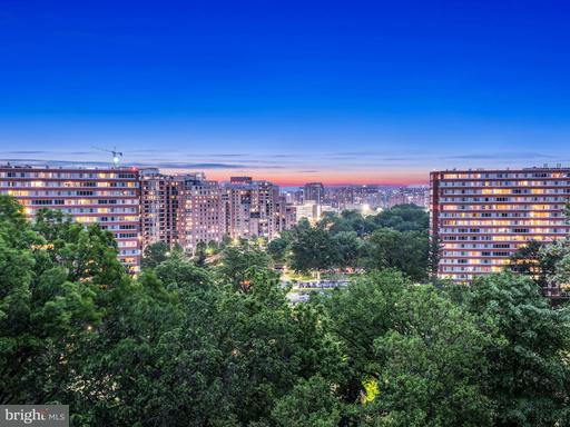 Property for sale at 1515 Arlington Ridge Rd #702, Arlington,  VA 22202