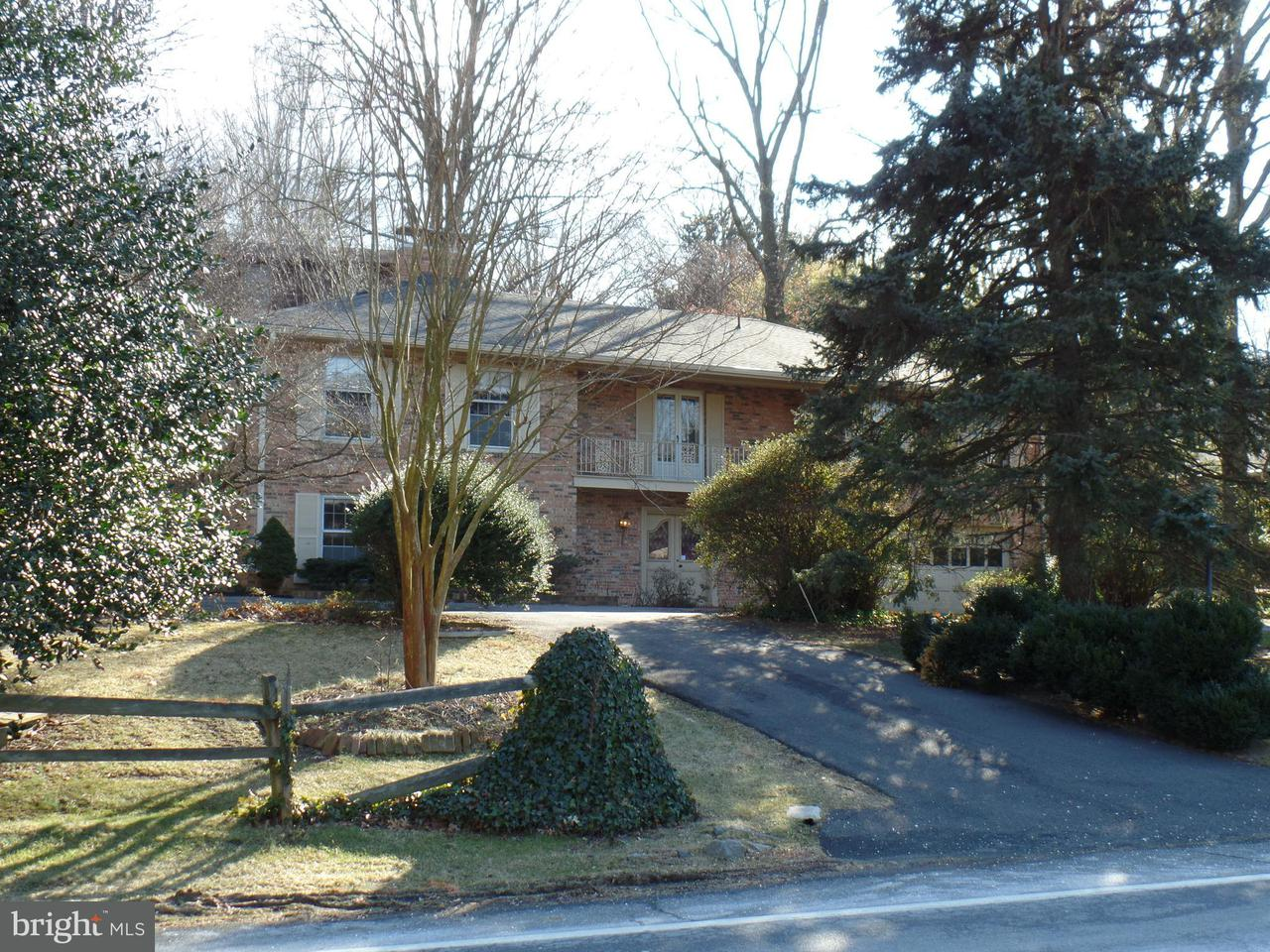 Additional photo for property listing at 6027 Chesterbrook Road 6027 Chesterbrook Road McLean, Virginia 22101 Stati Uniti