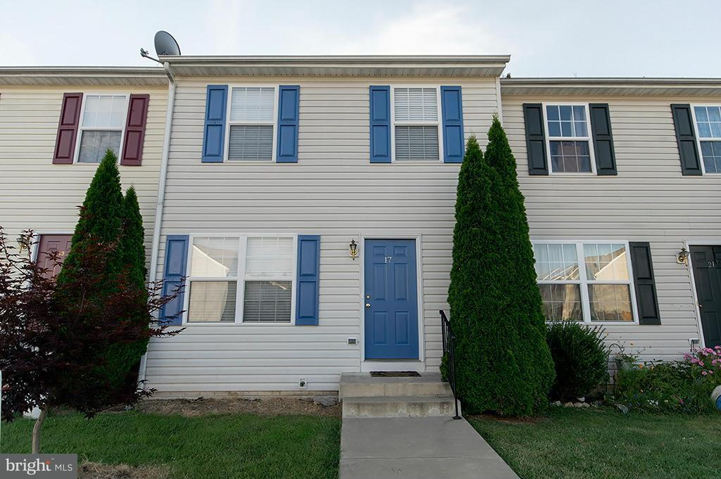 Other Residential for Rent at 17 Currituck Ct Bunker Hill, West Virginia 25413 United States