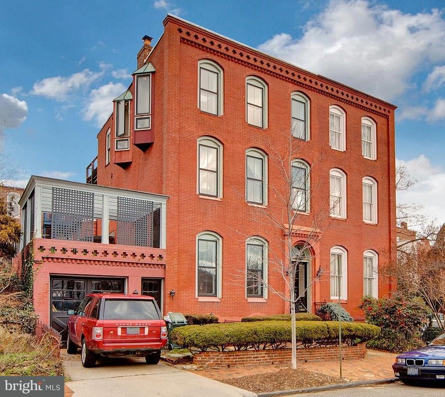 Casa unifamiliar adosada (Townhouse) por un Venta en 330 A St Se 330 A St Se Washington, Distrito De Columbia 20003 Estados Unidos