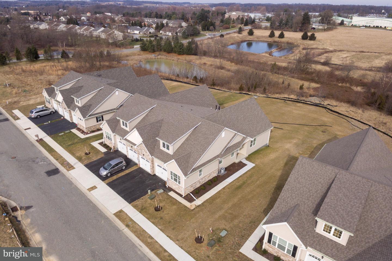 Maison unifamiliale pour l Vente à 116 ROSE VIEW DR #LOT 8 West Grove, Pennsylvanie 19390 États-Unis