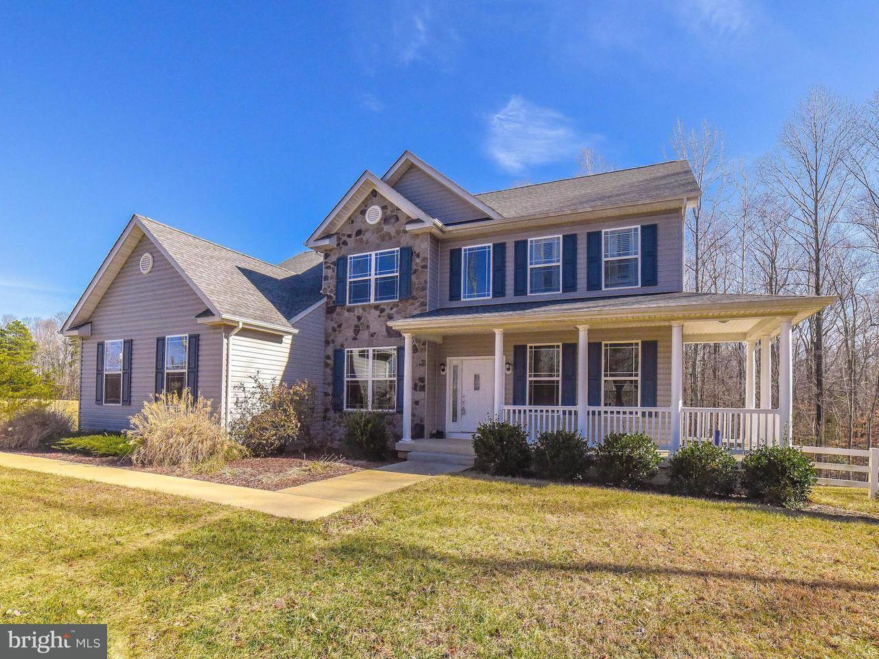 獨棟家庭住宅 為 出售 在 6020 Crayfish Court 6020 Crayfish Court Bryantown, 馬里蘭州 20617 美國
