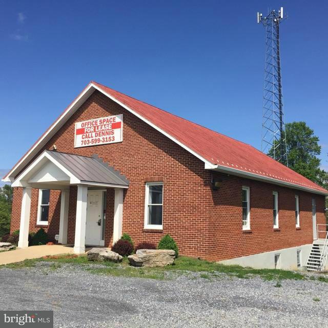 商用 のために 売買 アット 8837 Charles Town Road 8837 Charles Town Road Kearneysville, ウェストバージニア 25430 アメリカ合衆国