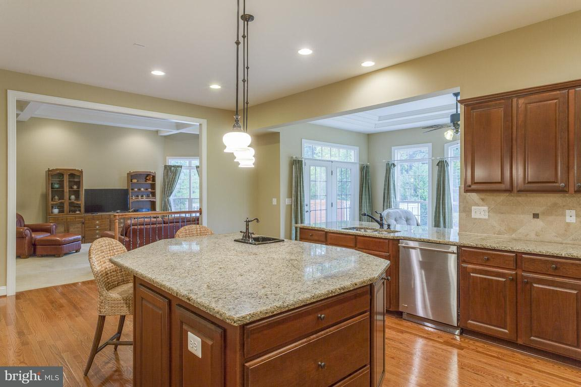 Additional photo for property listing at 1017 Kensington Cir E 1017 Kensington Cir E Fredericksburg, Virginia 22401 Stati Uniti