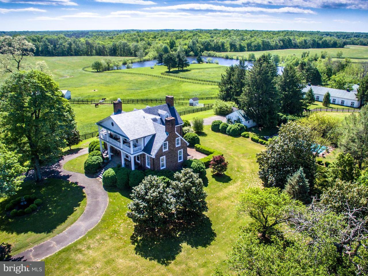 Farm for Sale at 6342 Pleasant Colony Warrenton, Virginia 20187 United States