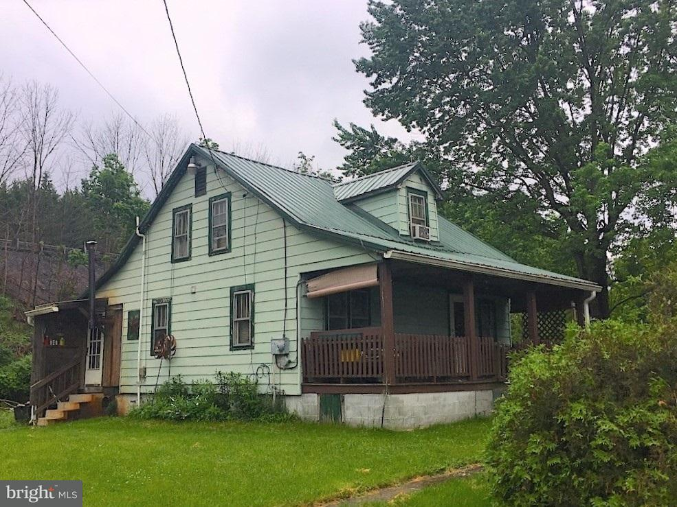 Single Family for Sale at 31922 Great Cove Rd Fort Littleton, Pennsylvania 17223 United States