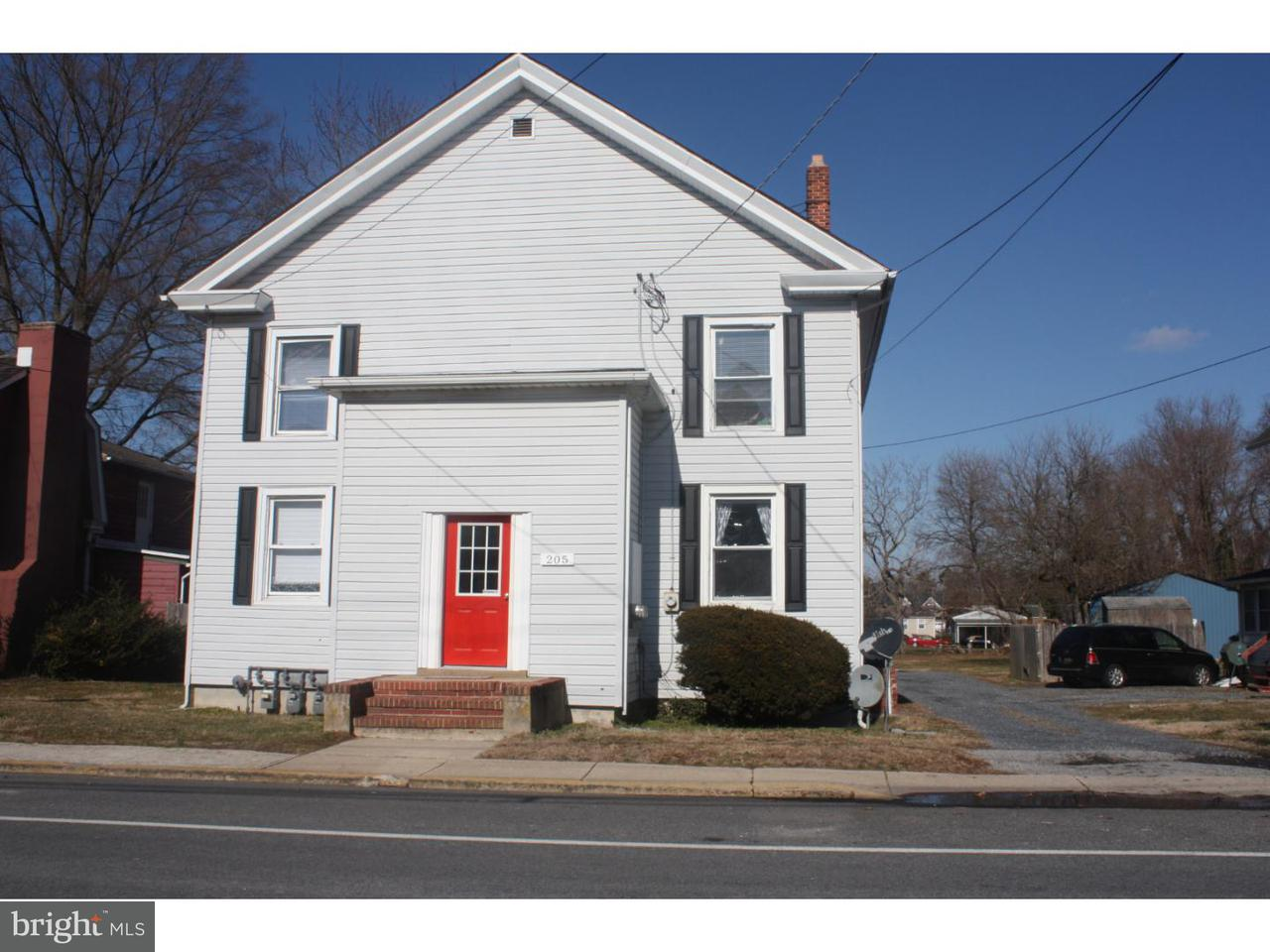 Частный односемейный дом для того Аренда на 205 E CAMDEN WYOMING AVE #C Camden, Делавэр 19934 Соединенные Штаты