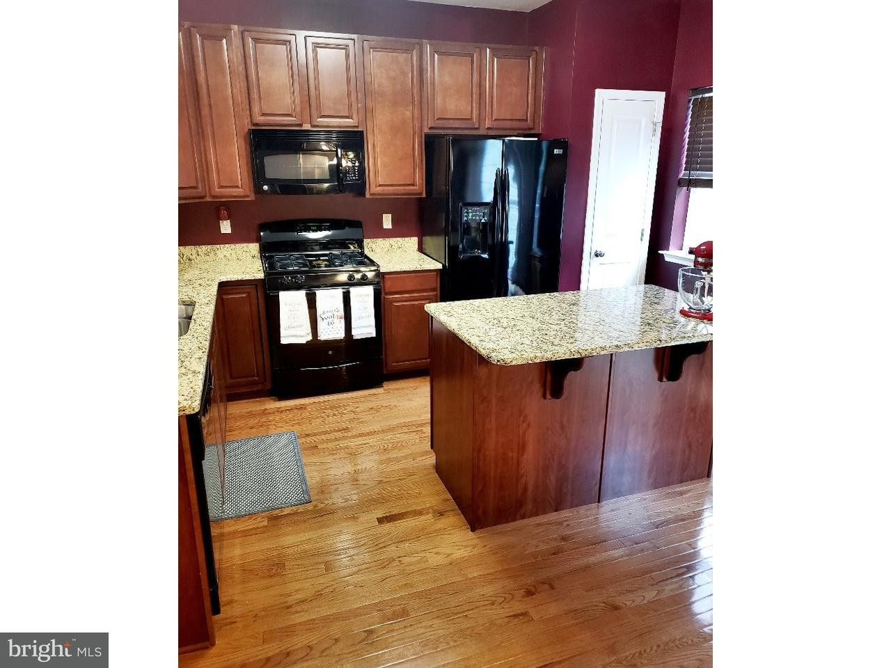 联栋屋 为 销售 在 617 SWEETGUM Lane Deptford Township, 新泽西州 08096 美国